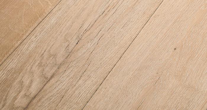 Old Sandstone Oak Engineered Wood Flooring - Descriptive 1