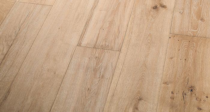 Old Sandstone Oak Engineered Wood Flooring - Descriptive 3