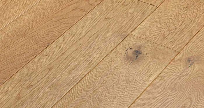 Luxury Handscraped Natural Oak Lacquered Solid Wood Flooring - Descriptive 2