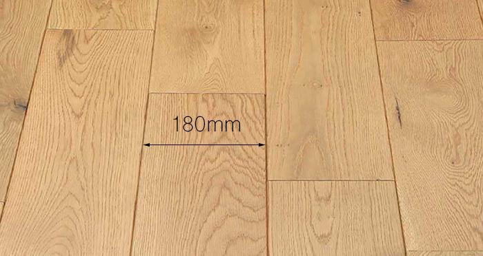 Luxury Handscraped Natural Oak Lacquered Solid Wood Flooring - Descriptive 4