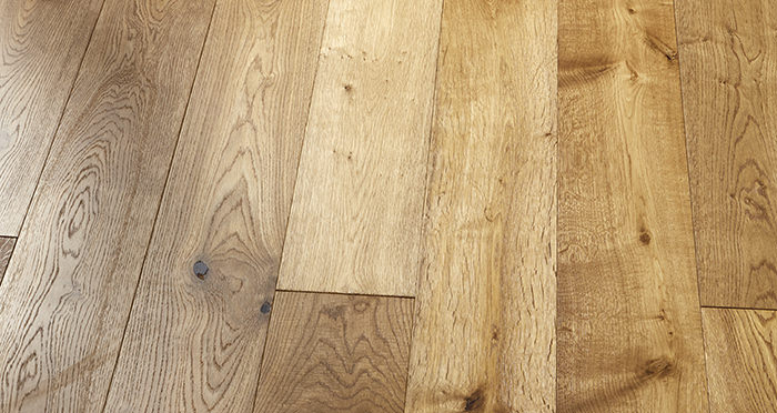 Old Country Golden Smoked Oak Brushed & Lacquered Engineered Wood Flooring - Descriptive 6