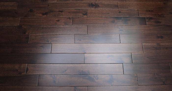 Antique Acacia Lacquered Solid Wood Flooring - Descriptive 4