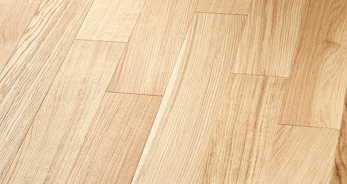 Salcombe Natural Coastal Oak Engineered Wood Flooring - Descriptive 3