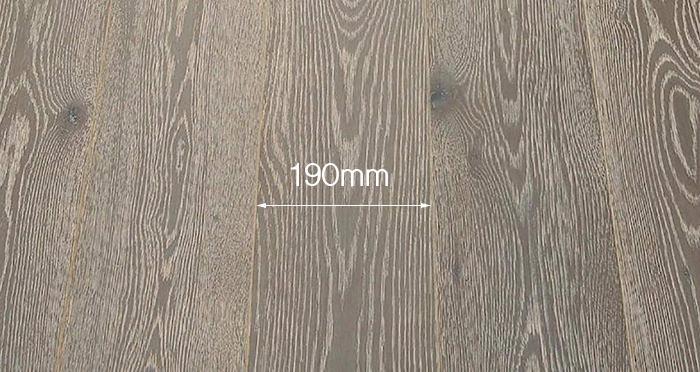 Whitewashed Luxury Platinum Oak Engineered Wood Flooring - Descriptive 3