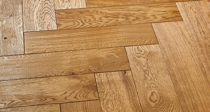 Luxury Parquet Golden Oiled Oak Solid Wood Flooring - Descriptive 2