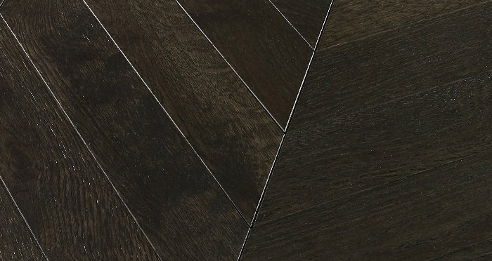 Cambridge Chevron Vintage Oak Brushed & Lacquered Engineered Wood Flooring - Descriptive 1