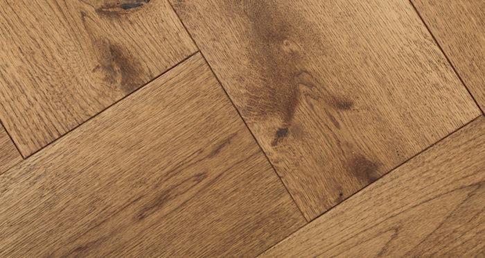 Prestige Herringbone Cinnamon Oak Oiled Engineered Wood Flooring - Descriptive 2