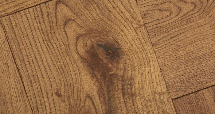 Prestige Herringbone Cinnamon Oak Oiled Engineered Wood Flooring - Descriptive 3