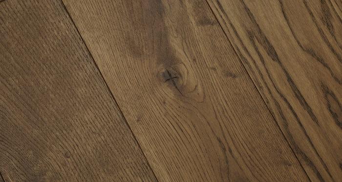 Luxury Georgian Oak Solid Wood Flooring - Descriptive 1