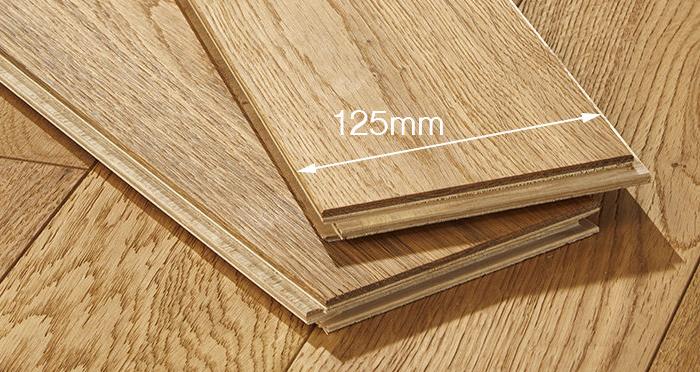 Studio Natural Oak Brushed & Oiled Engineered Wood Flooring - Descriptive 4