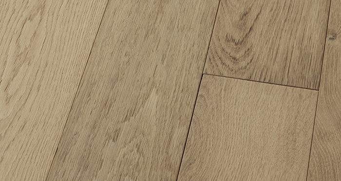 Loft Vanilla Oak Brushed & Oiled Engineered Wood Flooring - Descriptive 1