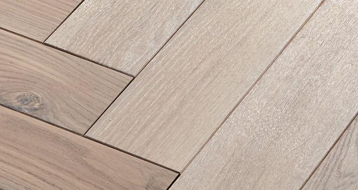 Park Avenue Herringbone Frosted Oak Solid Wood Flooring - Descriptive 4