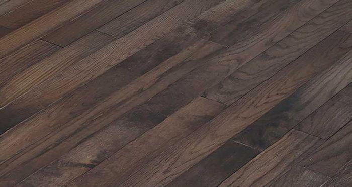 Classic Oak Espresso Brushed & Oiled Solid Wood Flooring - Descriptive 5